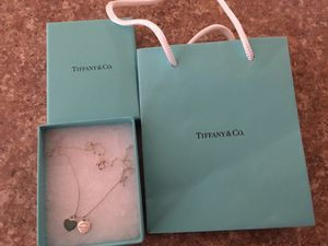 Auth Tiffany&Co Two Hearts Necklace for Sale in Rochester, MI