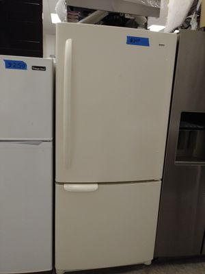 Kenmore Bottom freezer excellent conditions for Sale in Bowie, MD