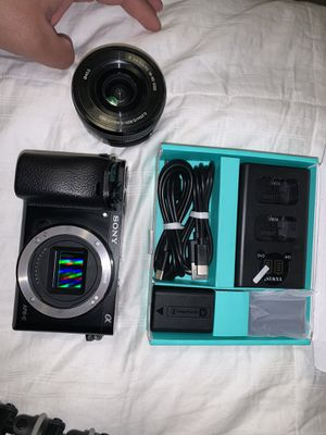 Sony A6000 for Sale in Bakersfield, CA