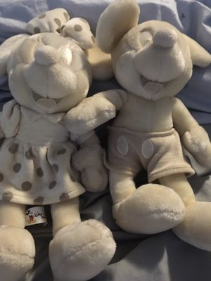 Authentic and Rare Cream Color Mickey and Minnie for Sale in Stratford, CT