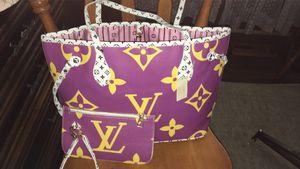 LV Neverfull Monogram Handbag for Sale in Albia, IA