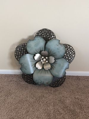 Metal Flower - Wall Decor for Sale in Puyallup, WA