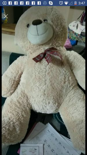 Very Big Teddy bear for Sale in Bellevue, WA