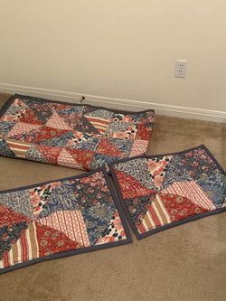 Pottery Barn Quilted Bedspread & 2 Standard Pillow Shams for Sale in Waco,  TX