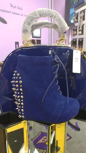 Blue heels blue purse for Sale in Cuba, MO