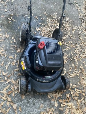 Lawn mower for Sale in Lithonia, GA