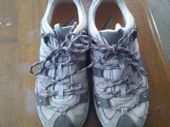 Merrell CONTINUUM HIKING SHOES WOMENS SIZE 7.5 for Sale in Colorado Springs,  CO