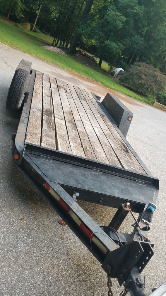 Trailer HDuty 16 ft bed 21 ft overall