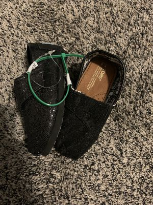 Toms new toddler 6 for Sale in El Monte, CA