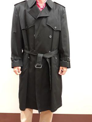Vintage London Fog men's trench coat for Sale in Fort Lauderdale, FL