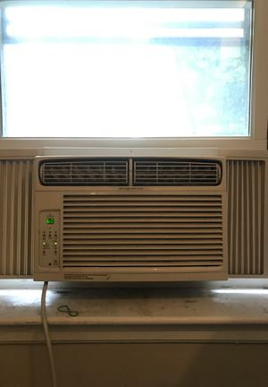 Frigidaire window AC unit for Sale in Boston, MA