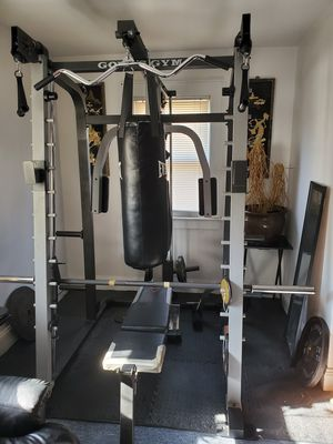 Gold gym platinum cage set for Sale in Bergenfield, NJ