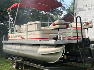 2008 Sun Tracker PB 190 Pontoon Boat, motor and Trailer for Sale in Ottawa, IL