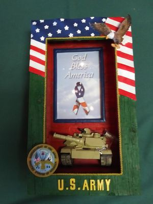 U.S. Army Lighted Shadow Box for Sale in Tallahassee, FL