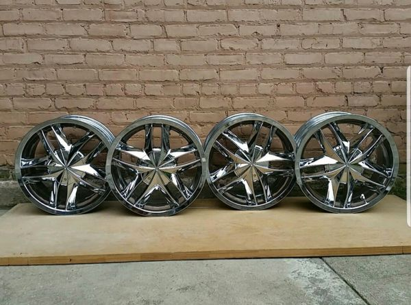 Chrome rim for Nissan 17""
