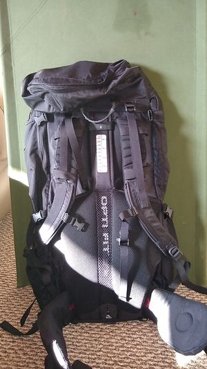 North Face Terra 65 hiking backpack, adjustable frame size small to large, sleeping bag access side zippers, hydration compatible rei, osprey, Gregory for Sale in San Diego, CA