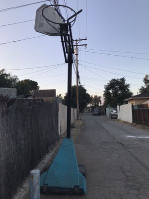 Basketball hoop for Sale in Chino, CA
