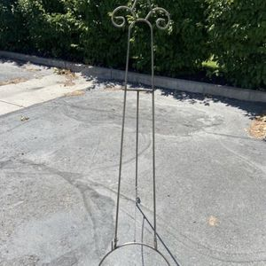 Metal Easel Stand for Sale in Taylorsville, UT