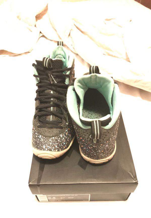 Nike foam posit size 6 1/2