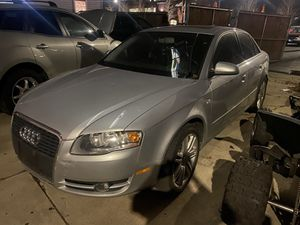 Audi A4 Quattro for parts only 2006 with a bad engine for Sale in Franklin Park, IL