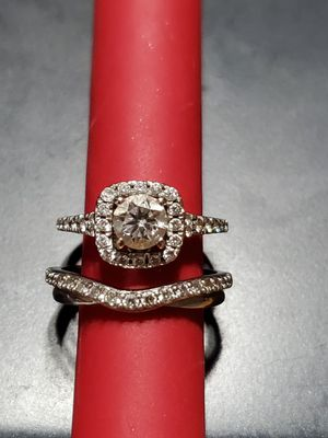 Wedding Ring trade for Sale in Ellington, CT
