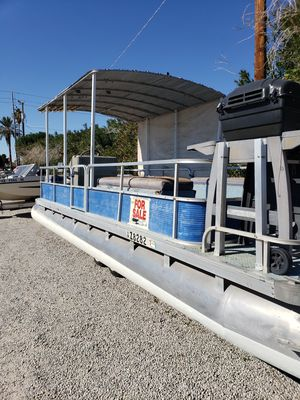 1981 Pontoon boat and Trailer for Sale in Yuma, AZ