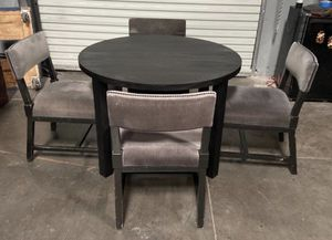 Kitchen Table + 4 Chairs for Sale in Henderson, NV