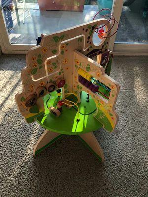 Manhattan toy tree activity center 😊 for Sale in Everett, WA