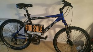 Giant mountain bike for Sale in Wilton Manors, FL