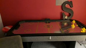 Air hockey table for Sale in Arnold, MO