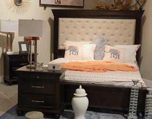 BRAND NEW💥SPECIAL] Brynhurst Dark Brown Upholstered Panel Bedroom Set for Sale in Jessup, MD