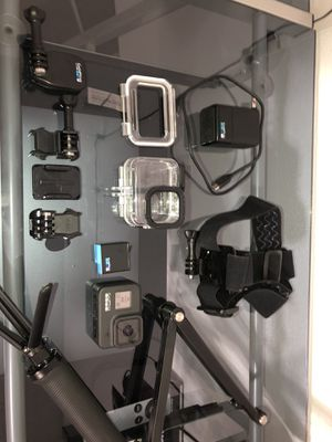 GoPro Hero8 w/ accessories & mounts for Sale in Goodyear, AZ