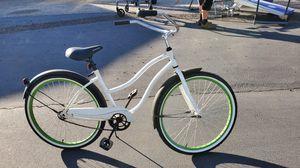 Beach cruiser bike for Sale in Desert Hot Springs, CA