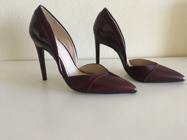 0f597c36128 BRAND NEW ZARA HEELS for Sale in Hollywood