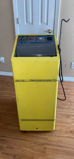 Skye refrigerant recovery /recycling unit for Sale in Arlington,  TX