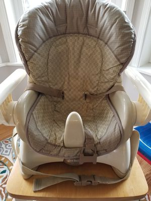 Fisher Price booster seat for Sale in Tacoma, WA