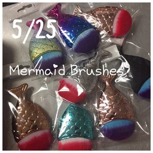Mermaid brushes D for Sale in Atlanta, GA