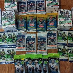 Panini!! Football And Baseball Sports Cards Lot!! for Sale in Agua Caliente Off-Reservation Trust Land, CA