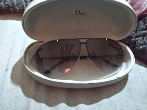 Dior sunglasses for Sale in Fort Wayne, IN