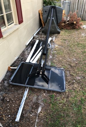 Broken basketball hoop and aluminum patio pieces for Sale in Clearwater, FL