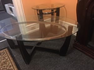 Coffee table and 2 side table for Sale in Reading, PA