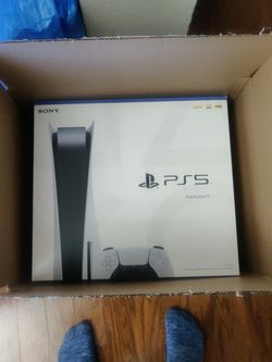 PS5 Disc Edition - Brand New Pick Up Today for Sale in Plano,  TX