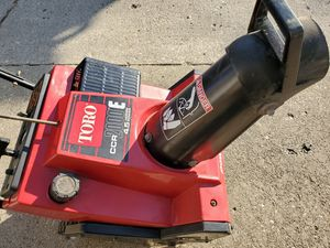Used Toro CCR 2000 4.5hp Single Stage Snow Blower Thrower Electric Start for Sale in Chicago, IL