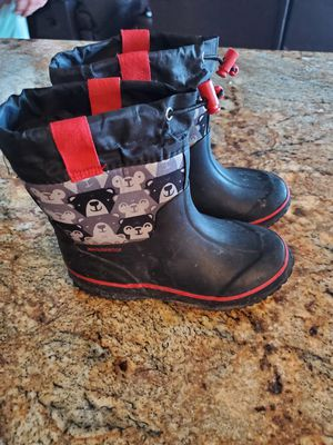 Kids snow boots - size 9/10 for Sale in Chandler, AZ