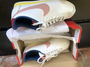 Nike Cortez W Size 8.5 for Sale in Carson, CA