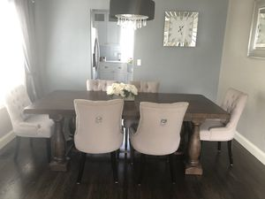 Dining table with 6 chairs for Sale in Vancouver, WA