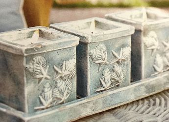 Set of 3 Wax Filled Ceramic Pots on Tray for Sale in Calabasas,  CA