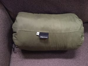 Marmot Aspen 15 Explorer Sleeping Bag- Forest Green for Sale in Clayton, NC