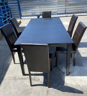 Dining Table with Chairs for Sale in Lynwood, CA