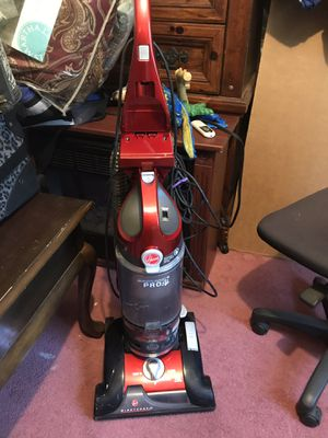 2 - Red & Blue Hoover Vacuums for Sale in Burrillville, RI